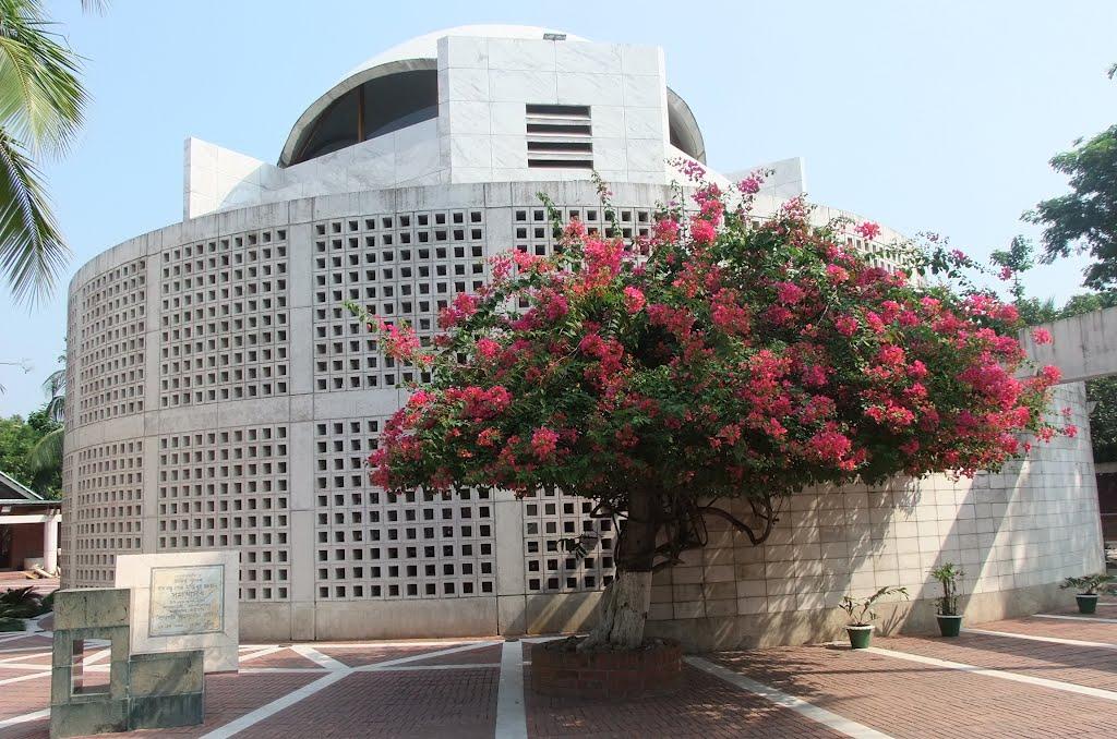 টুঙ্গিপাড়ায় ফ্রি বিশেষজ্ঞ মেডিকেল ক্যাম্প