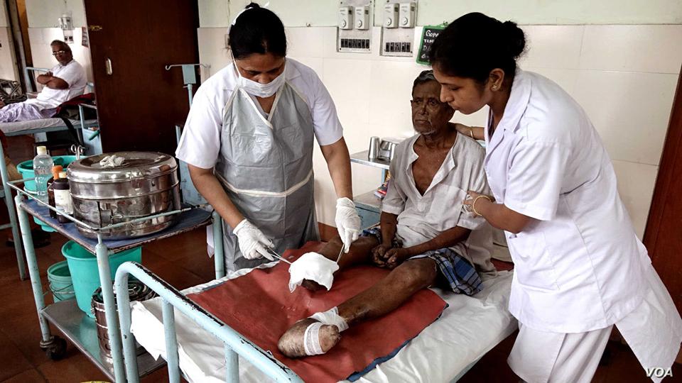 করাল করোনা কালে চিকিৎসক ও সেবাকর্মীদের বিরুদ্ধে ধুম মাচিয়ে ঘৃণা ছড়ানো হচ্ছে