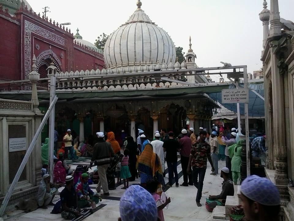 রমজান মাসের ভাবনা: দিদিমা ভোরে উঠে তাহাজ্জুদের নামাজ পড়তেন