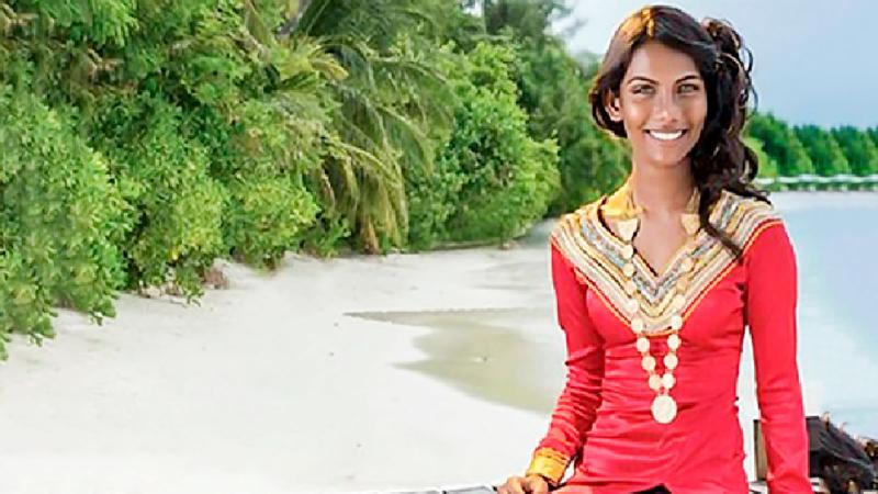 রাজশাহীর মেডিকেল ছাত্রী ও ভোগ-মডেল নীলনয়না  কেন করল আত্মহত্যা