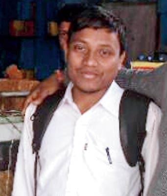 অদম্য সংগ্রাম: ডাক্তারি পাশ করলেন কমল