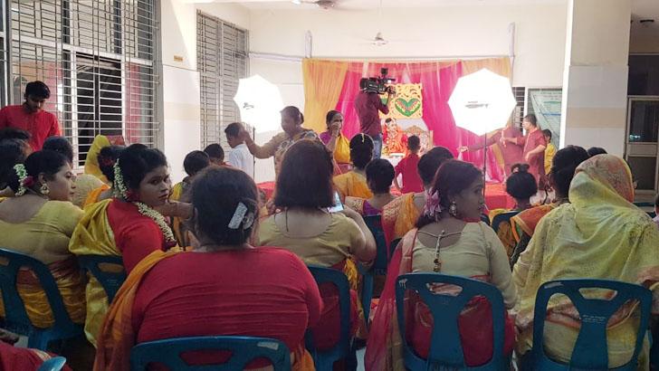 সরকারি হাসপাতালে বাবুর্চিকন্যার বিয়ের নাচগান অনুষ্ঠান: বিষাক্ত কটুক্তির মুখে 'নন্দ ঘোষ' ডাক্তাররা