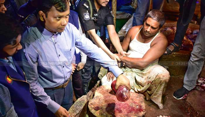 রোজানামচা: নোয়াখালীতে শিয়ালের মাংস! ঢাকায় গরুর মাংসে বিষাক্ত কেমিকেল রঙ